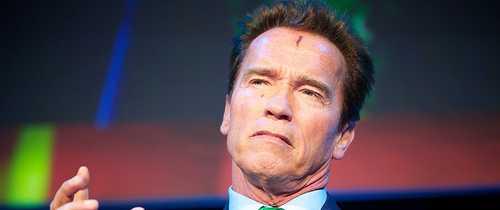 Schwarzenegger to Sue Oil Companies for 'First-Degree Murder'