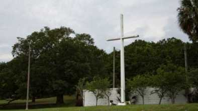 SCOTUS' Monument Decision Will Likely Save Cross in Florida