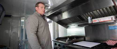 Town's Ban on Food Trucks is Unconstitutional, Lawsuit Asserts