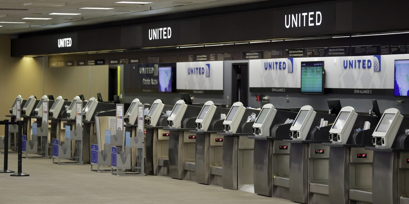 United Airlines May Cut Half Its US Staff Due to COVID Anxieties