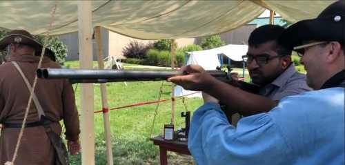 University Interrogates Student for Gun Photo