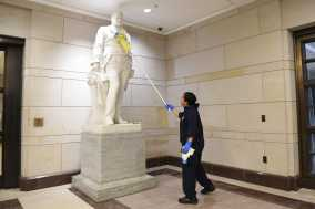 US Capitol Closing to Public Until April Amid Virus Outbreak