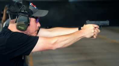 US Teachers Quietly Train to Carry Guns in Schools