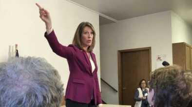 Vulnerable Dems Try to Tamp Down Impeachment Talk, Field Test Voters' Reactions